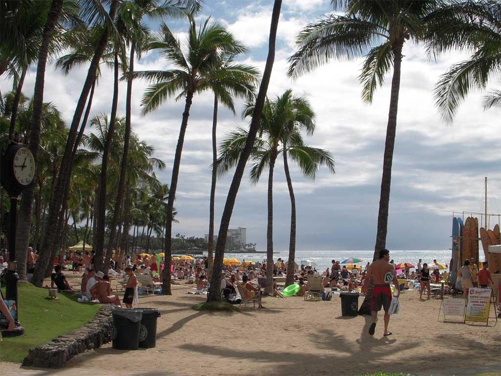 Waikiki beach tourists